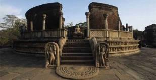 Sri-Lanka-adventure-holidays-travel-tours-vacation-packages-Anuradhapura